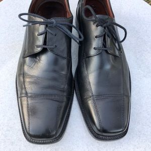 Johnston and Murphy Men's Dress Shoes, Size 11.5